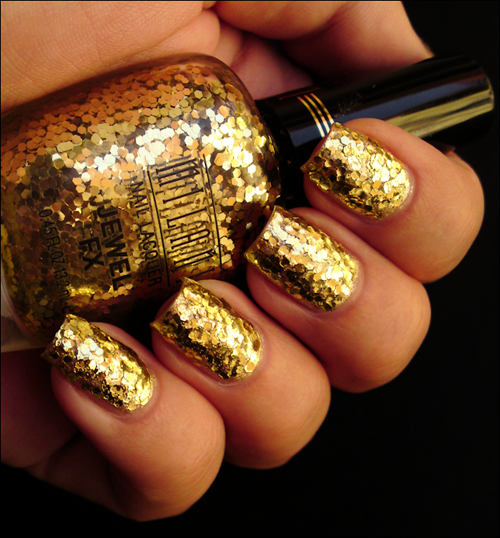 Gold-Glitter-Wedding-Manicure9