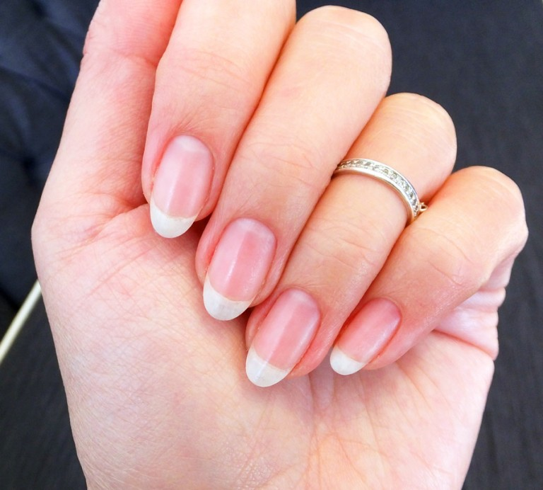 nails_after-3-and-a-half-years-of-soak-off-gel-manicures_BEAUTYGEEKS