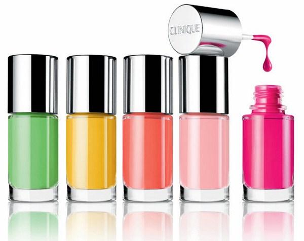 Clinique-Different-Nail-polish (Copy)