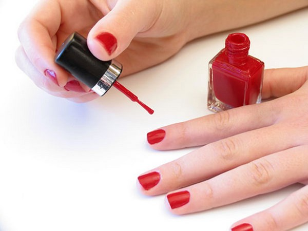 nails_bigstockphoto_painting_her_nails_65115 (Copy)
