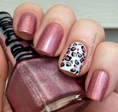 Animal-Print-Accent-Nails
