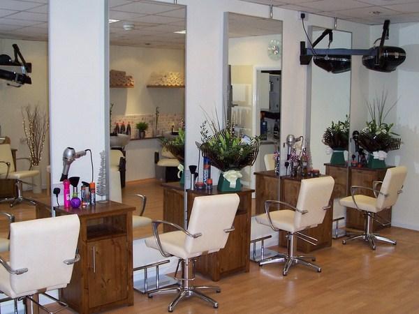 Modern-hair-salon-decoration (Copy)