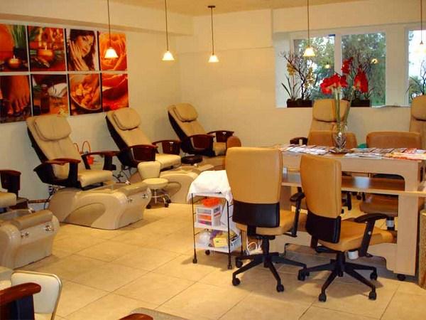 Nail-Salon-Decoration-Ideas1 (Copy)
