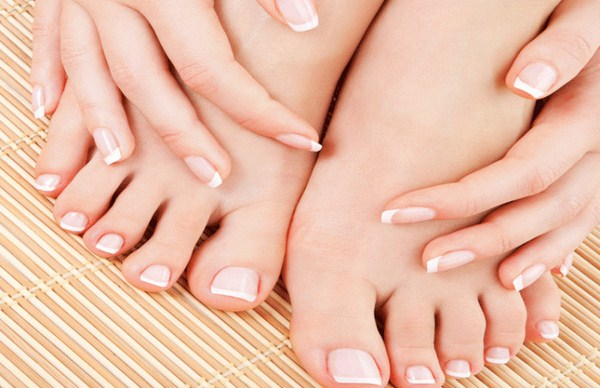 Tips-for-More-Beautiful-Nails-700x453 (Copy)