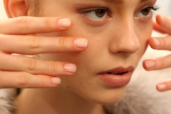 embedded_nude_nail_color_fall_2014 (Copy)