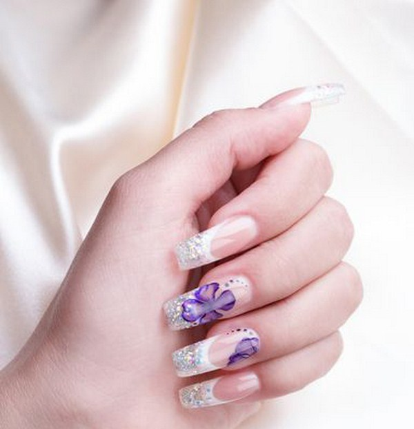 flower-Manicured-nail-hand (Copy)