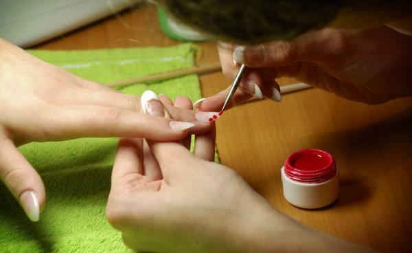 what-to-put-on-nails-after-removing-acrylic-nails (Copy)