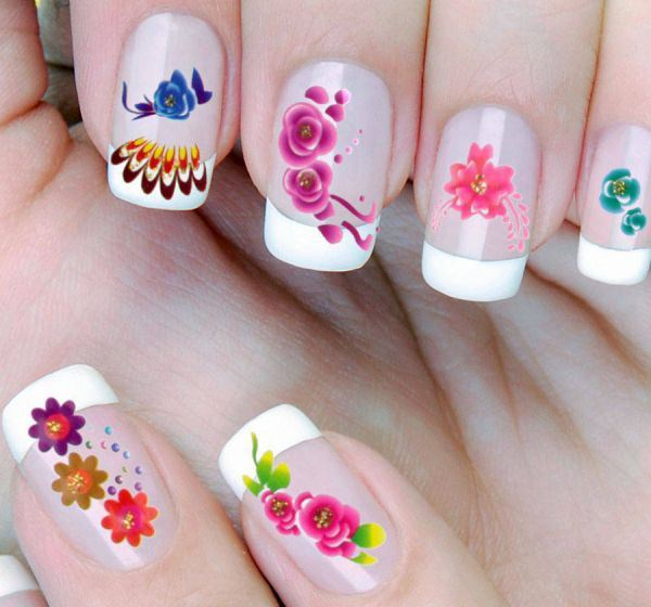 wpid-Shown-gracefully-with-nail-art-3d-flowers-2014-2015-4 (Copy)