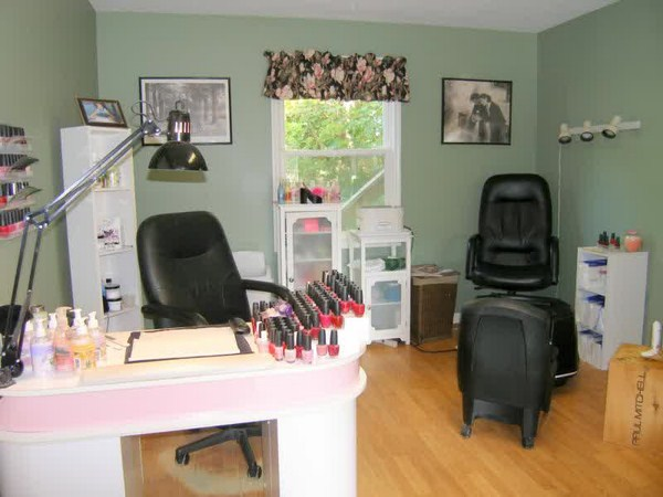 Nail-Salon-Design-Ideas11 (Copy)
