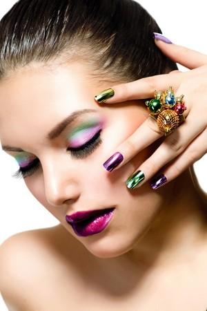 Top những mẫu móng màu sắc
