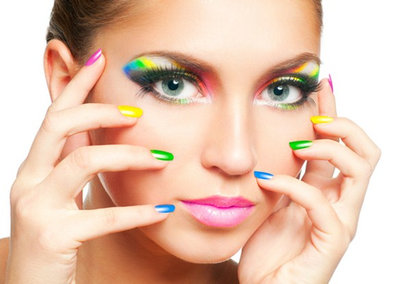 Woman-face-with-rainbow-makeup-and-manicure (Copy)