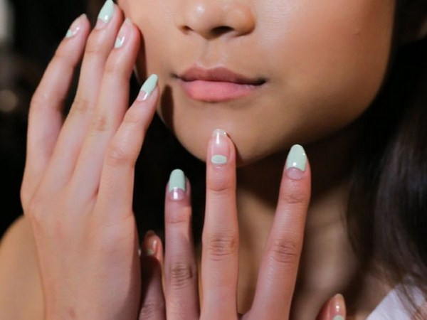 embedded_charlotte_ronson_spring_2015_nail_trends (Copy)
