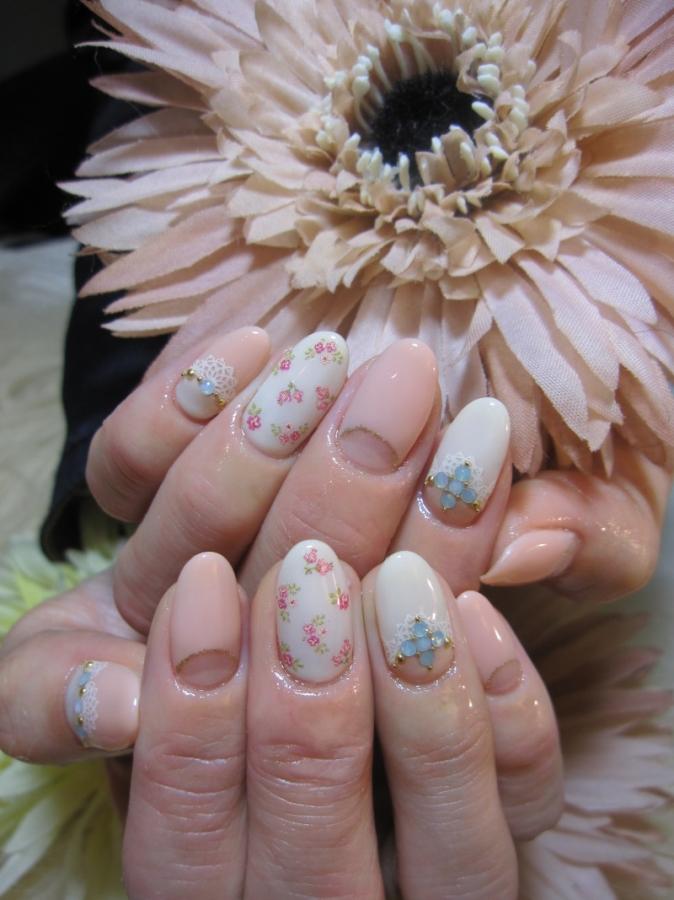 floral_nail_art