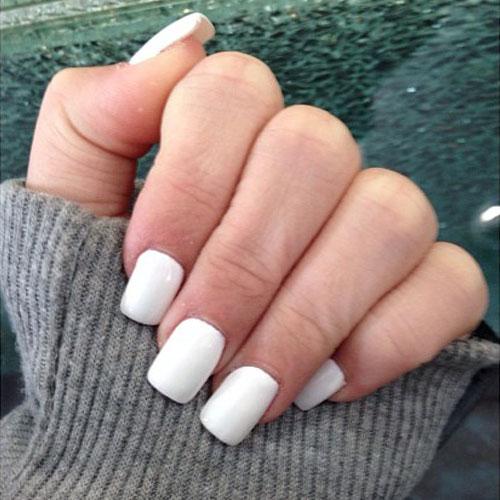 noah-cyrus-nails-white