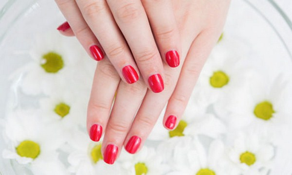 ome-remedies-to-make-nails- (Copy)