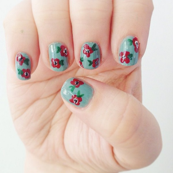 poppy nails (Copy)