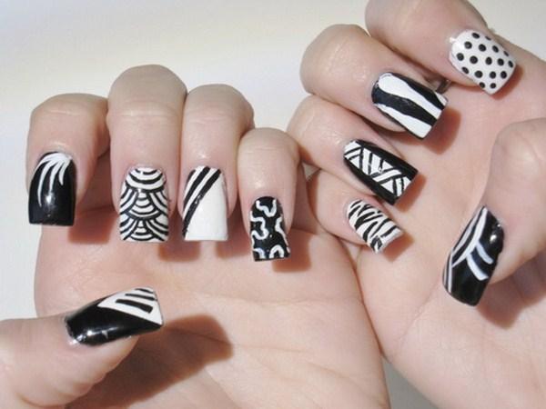 Kẻ đen trắng cho móng tay – Mẫu móng Hot cho mùa đông năm nay – Xu Hướng  Nail Zone