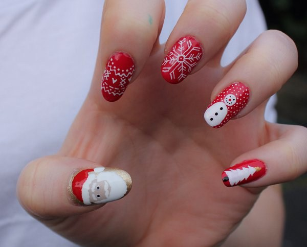 10.cute-Christmas-nails (Copy)
