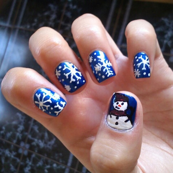 Christmas-nail-art-with-snowflake-and-snowman-design (Copy)