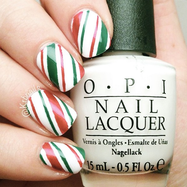 Christmas-nails-by-@KrbNailsjpg (Copy)