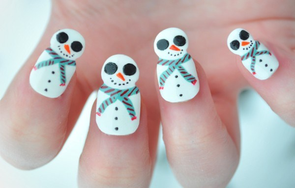 Exquisite-Holiday-Nail-Art-Designs (Copy)