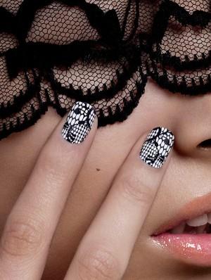 Những mẫu nail ren nghệ thuật