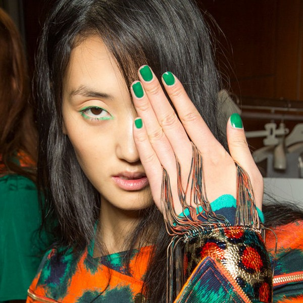 Nail-Polish-Trends-Fashion-Week-Spring-2013 (Copy)