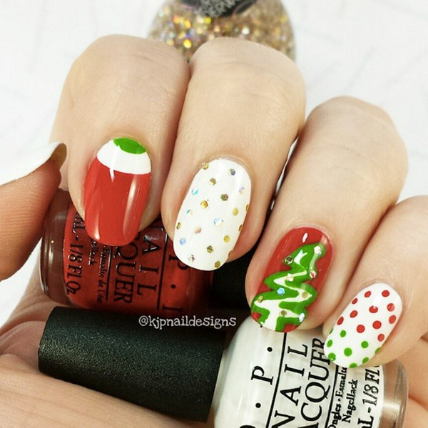 Polka-Dot-Christmas-nail-art-by-@kjpnaildesigns (Copy)