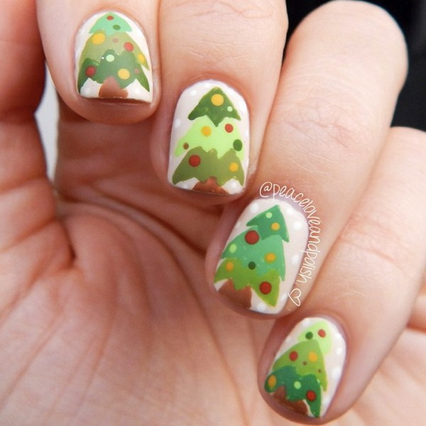 Rustic-Christmas-trees-nail-art-by-@peaceloveandpolish (Copy)
