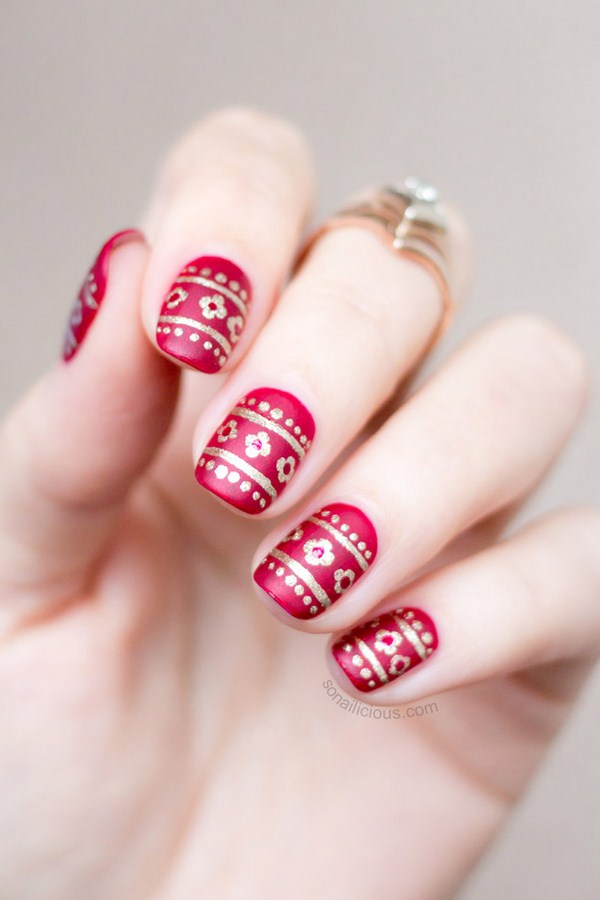 red-and-gold-christmas-nails-2 (Copy)