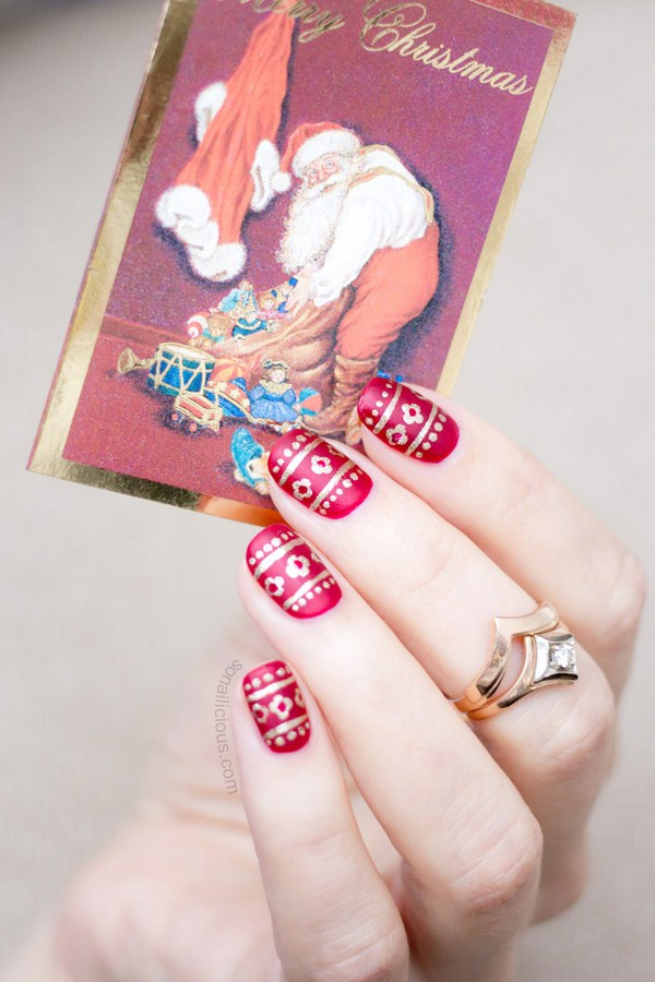 red-and-gold-christmas-nails-3 (Copy)