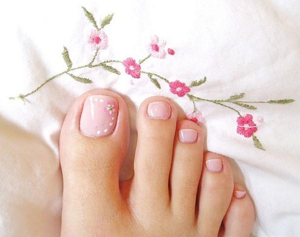 toe-nail-designs (Copy)