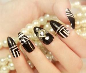 Những mẫu móng dành cho quý cô yêu màu đen