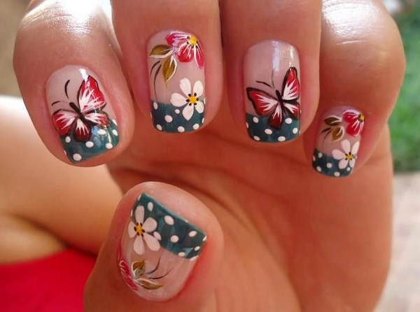 Latest-unique-women-Nail-Art-designs-in-bright-colours-for-functions-and-parties-2015-11 (Copy)