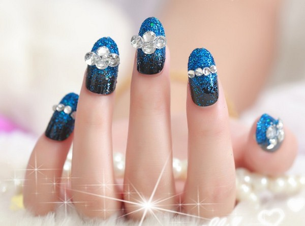 glitter-and-diamond-nail-designs (Copy)