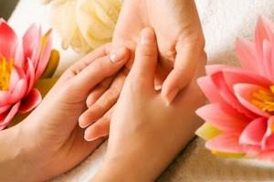 101 cách chăm sóc da tay luôn đẹp tại nhà