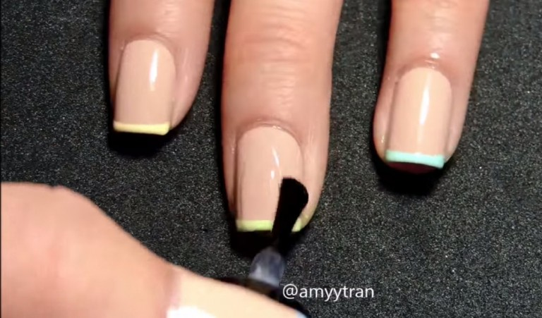 xu hướng nail pastel