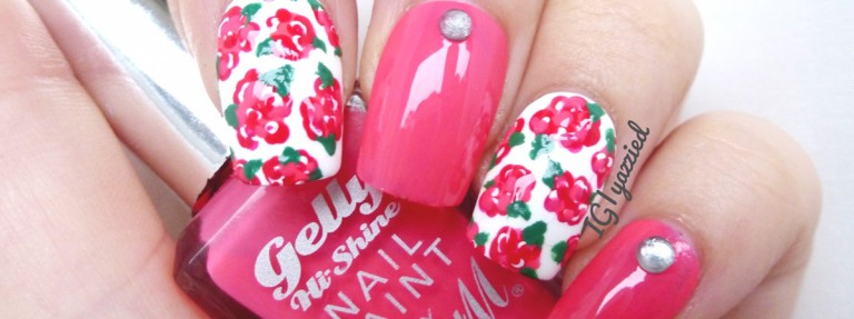 cheer_flower_pink_nails