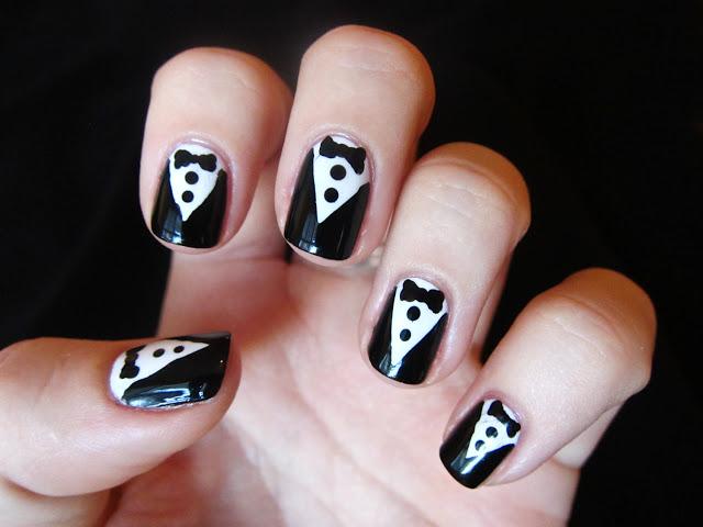mẫu nail đen trắng