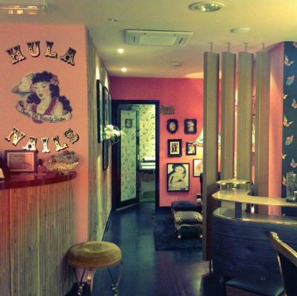 embedded_Hula_Nails_salon_London