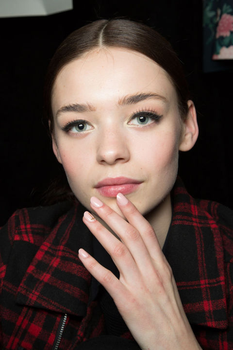hbz-fw2015-trends-nails-fetherston-bks-m-rf15-8075