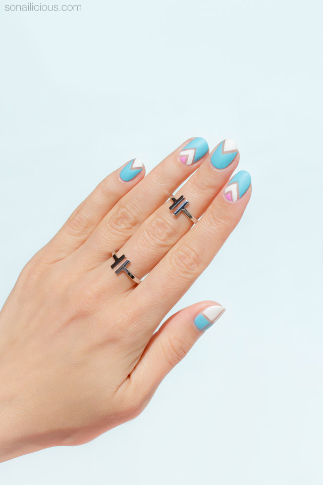 negative-space-nail-art-for-short-nails-3