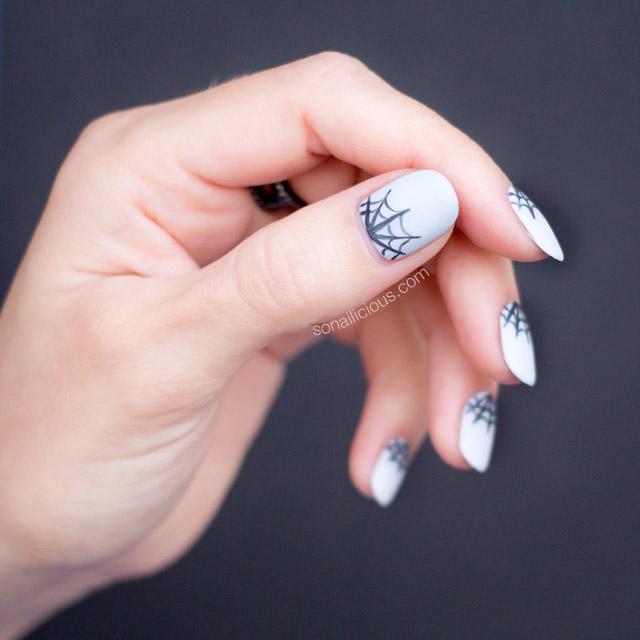mẫu nail Halloween