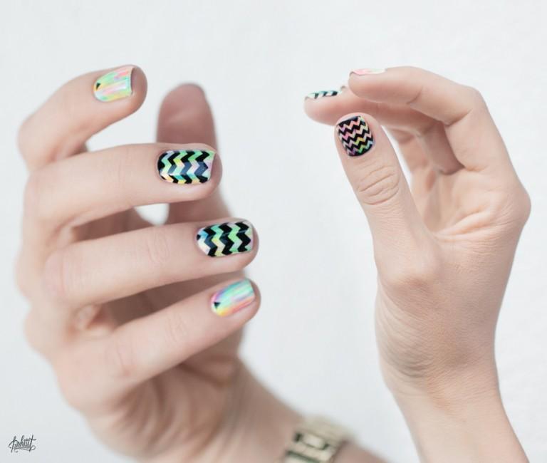 chevron-nail-art9