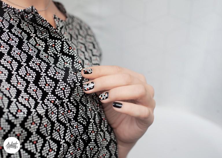 vẽ nail caro
