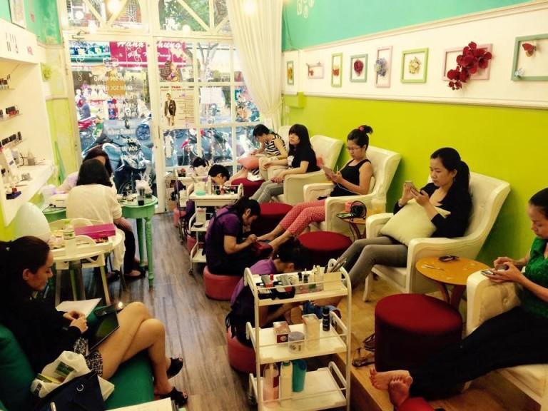 Thu Hút Khách Cho Salon Nail Vào Mùa Hè