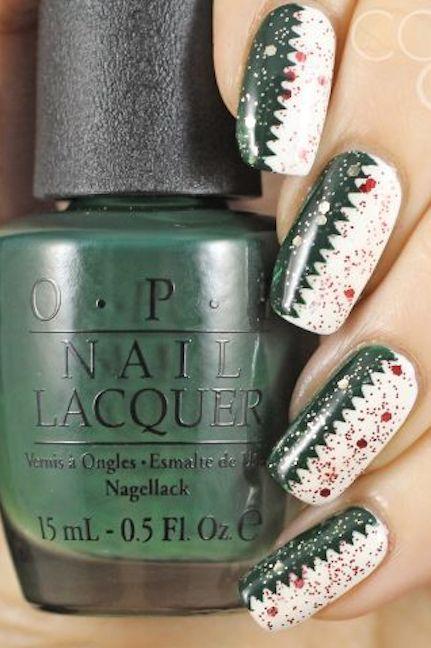 1479154245-glitter-serrated-tape-nails-1