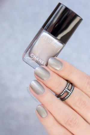 Sản Phẩm Nail Mới: Chanel Liquid Mirror