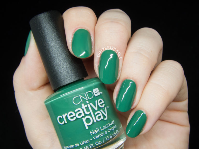 cnd-creative-play-happy-holly-day