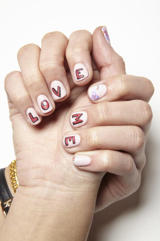 Hướng Dẫn Vẽ Nail: LOVE ME